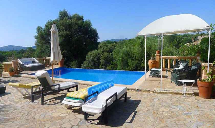 Pool der Finca Mallorca für 10 Personen PM 5681