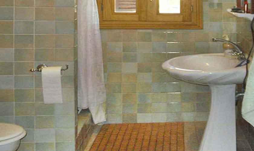 Badezimmer Ferienhaus Mallorca Nordosten PM 5892