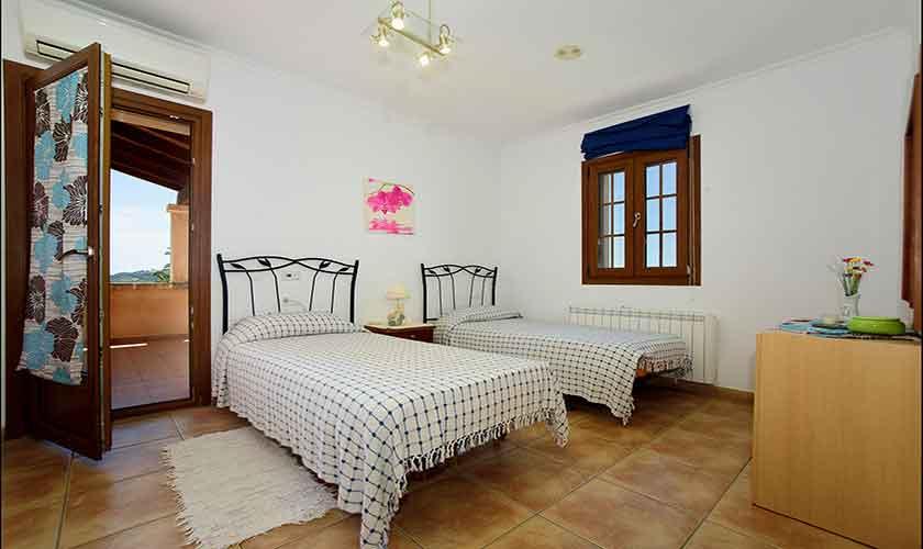 Schlafzimmer Finca Mallorca 6 Personen PM 6012