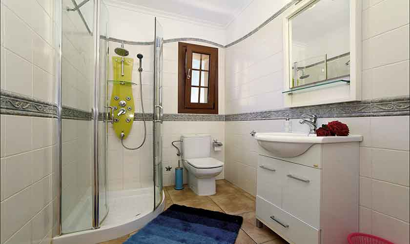 Badezimmer Finca Mallorca 6 Personen PM 6012
