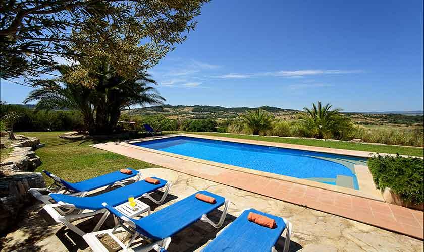 Pool und Blick Finca Mallorca 6 Personen PM 6012