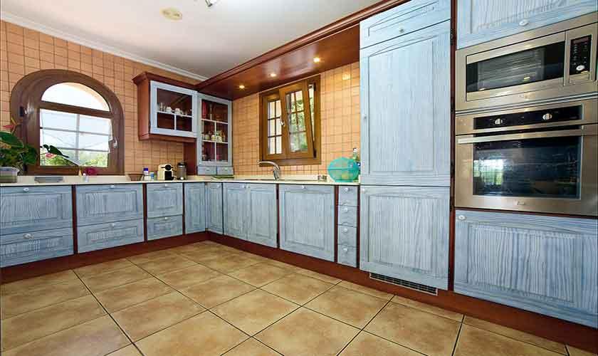 Küche Finca Mallorca 6 Personen PM 6012