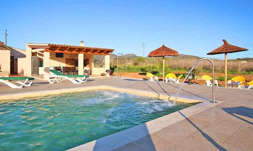 Pool und Terrasse Finca Mallorca Osten PM 6014
