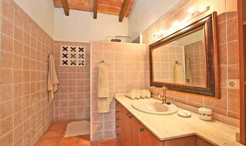 Badezimmer Finca Mallorca Osten PM 6014