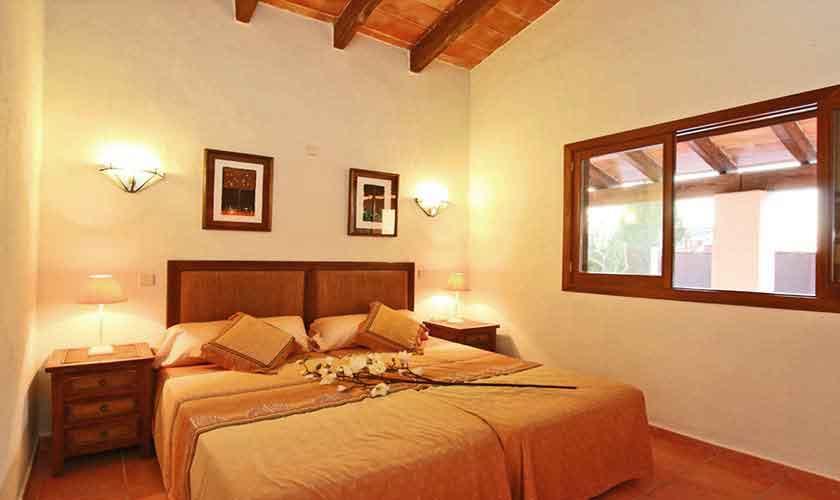 Schlafzimmer Finca Mallorca Osten PM 6014
