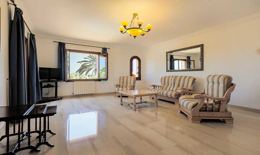 Wohnbereich oben Finca Mallorca PM 6071