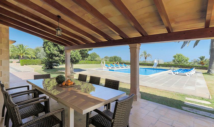 Terrasse mit Esstisch Finca Mallorca PM 6071