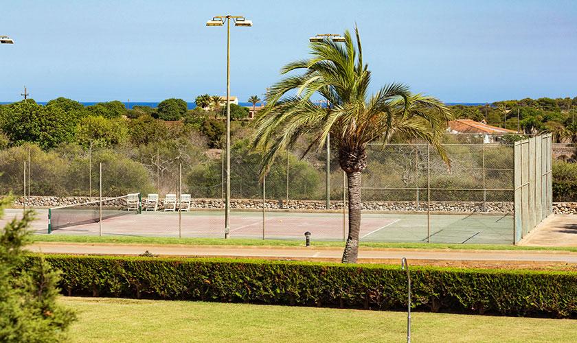 Blick auf den Tennisplatz Finca Mallorca PM 6071