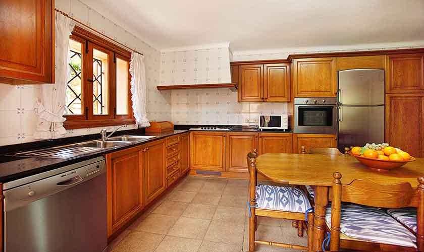 Küche Finca Mallorca 10 Personen PM 6084