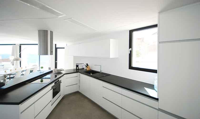Küche Design-Villa Mallorca PM 6210