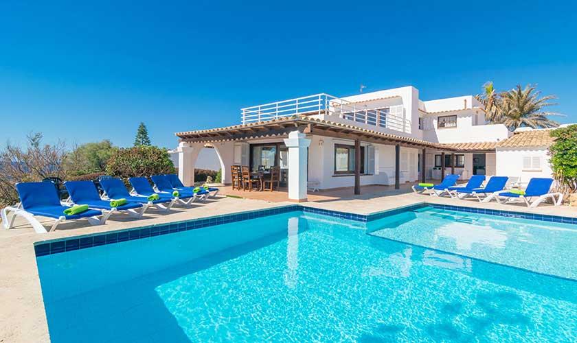 Pool und Meerblick Ferienvilla Mallorca PM 6310