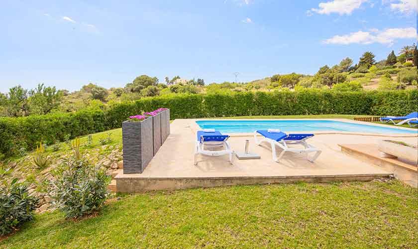 Pool und Rasen Finca Mallorca PM 6522