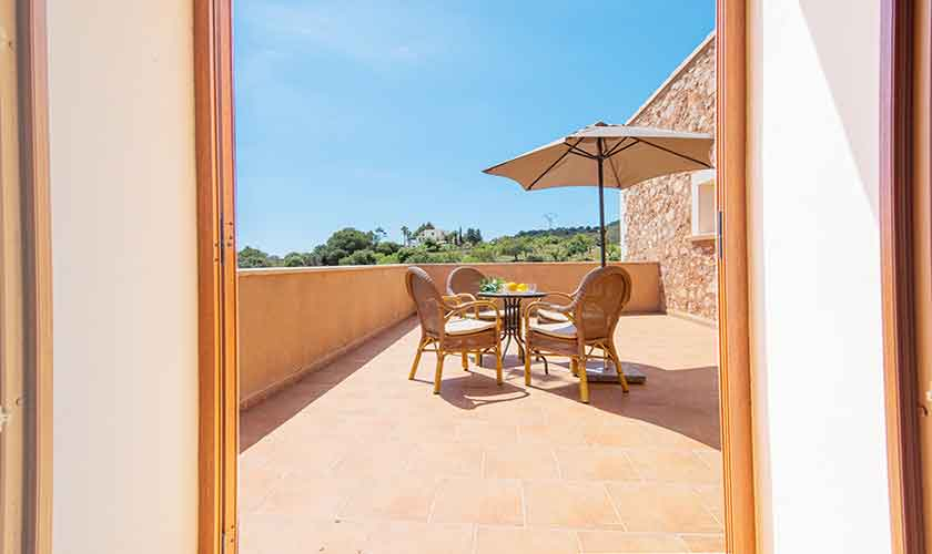 Terrasse oben Finca Mallorca mit Pool PM 6522