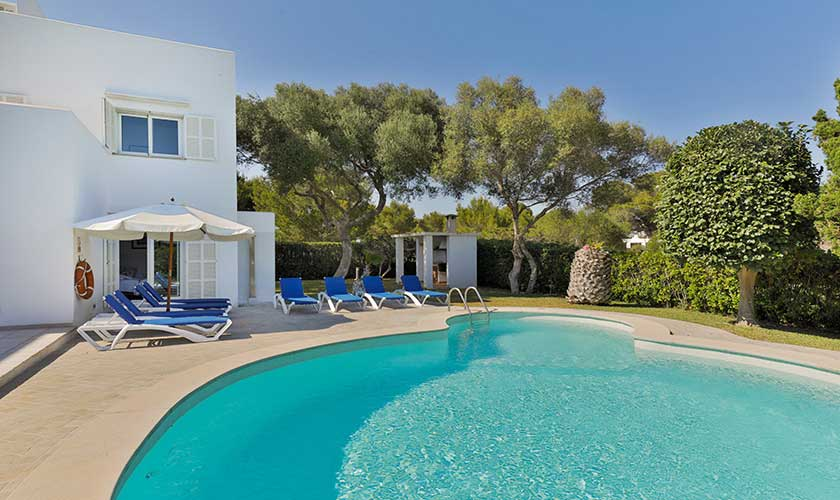 Pool und Liegen Ferienvilla Mallorca PM 6532