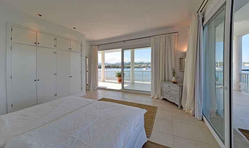 Schlafzimmer Ferienvilla Mallorca PM 6534