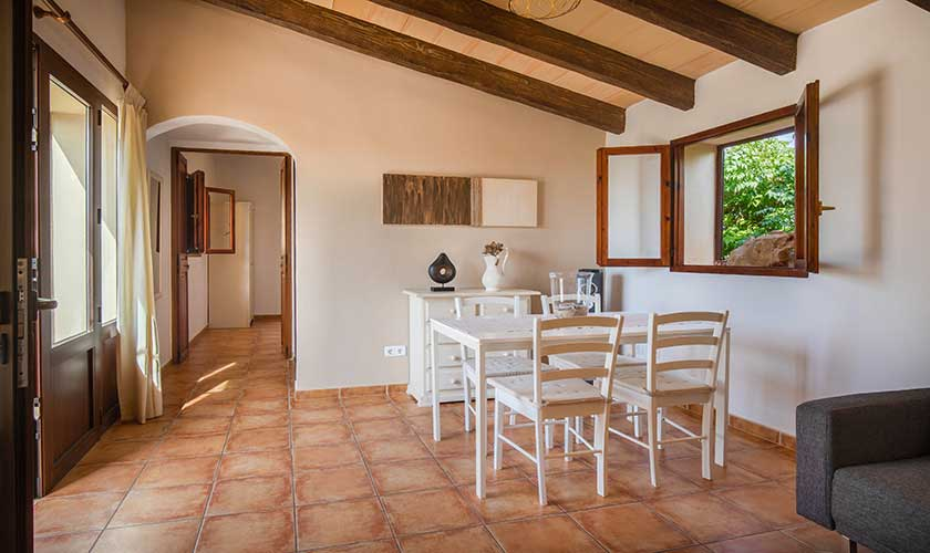 Wohnraum und Essplatz Ferienfinca Mallorca PM 6538