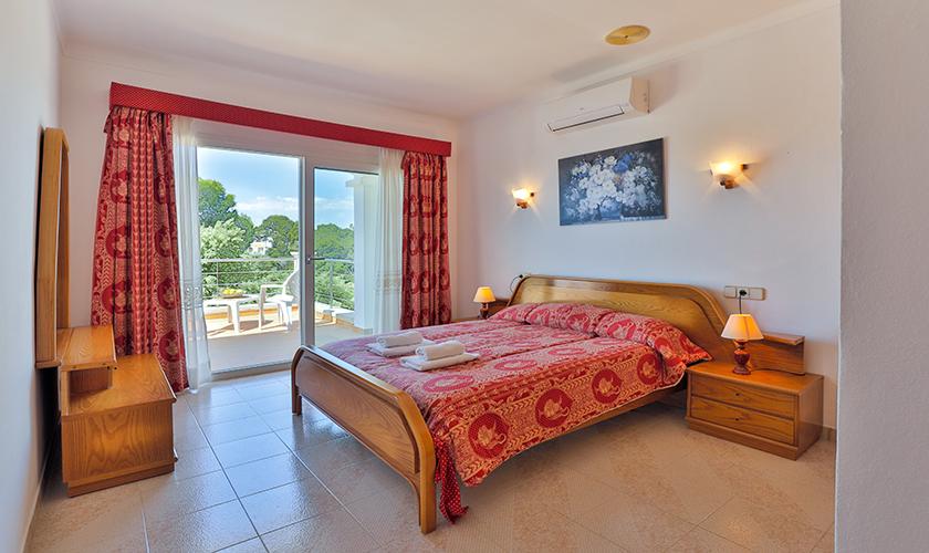Schlafzimmer Ferienvilla Mallorca PM 6539