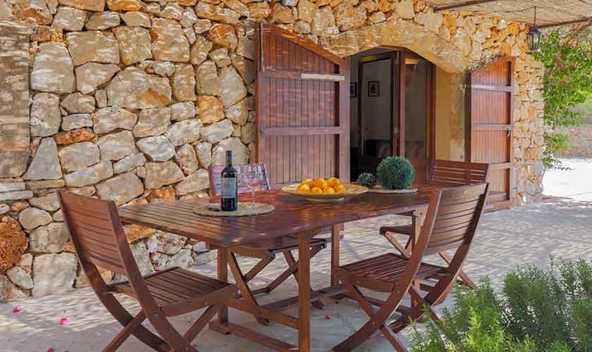 Esstisch Terrasse und Finca Mallorca PM 6540