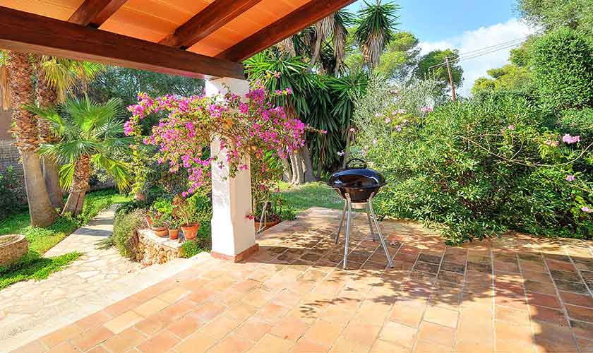 Terrasse und Garten Ferienhaus Mallorca PM 6552