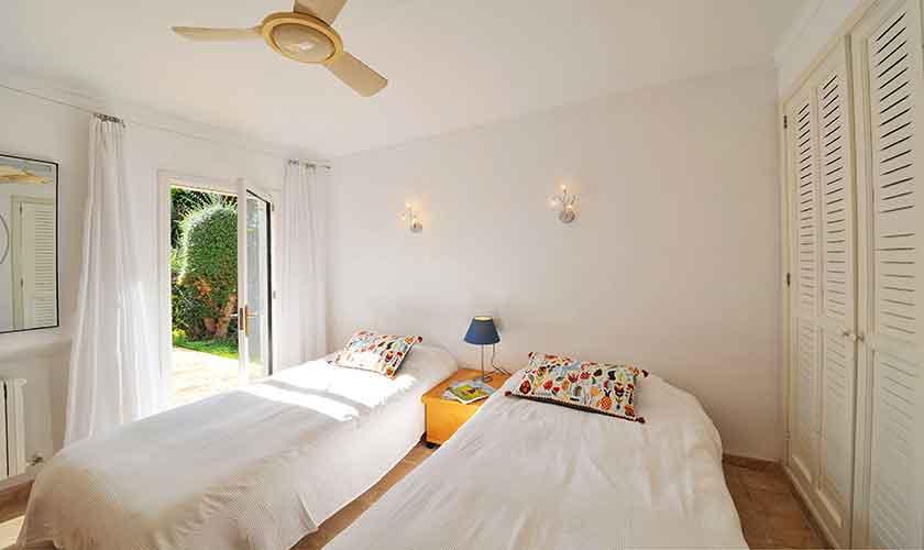 Schlafzimmer Ferienhaus Mallorca PM 6552