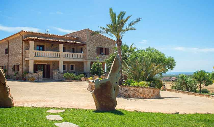 Blick auf die Finca Mallorca 10 Personen PM 6553