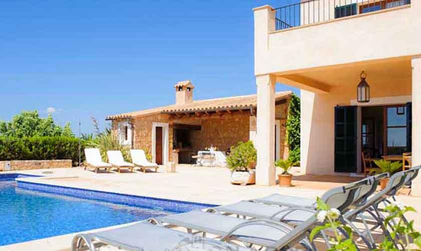 Pool und Liegen Finca Mallorca PM 6555