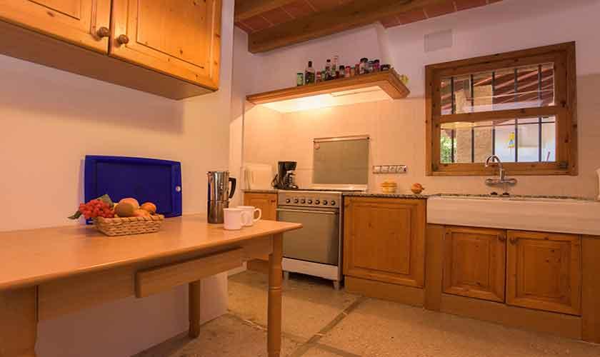 Küche Finca Mallorca 8 Personen PM 6558