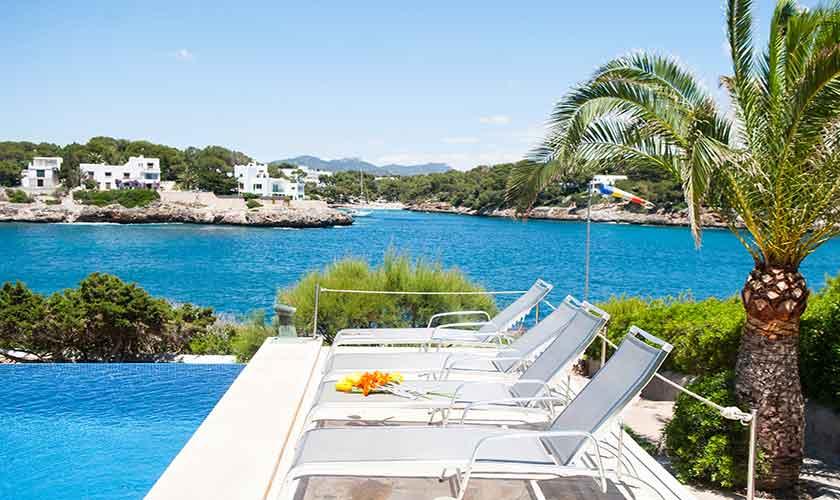 Pool und Meerblick Ferienvilla Mallorca PM 6574