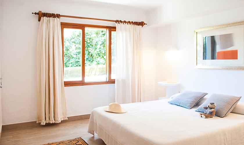Schlafzimmer Ferienvilla Mallorca PM 6574