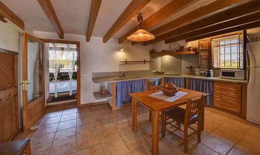 Küche Finca Mallorca Pool 6 Personen PM 6598