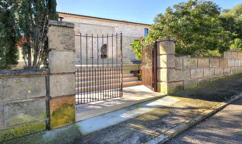 Eingangstor Ferienhaus Mallorca Ostküste PM 6610