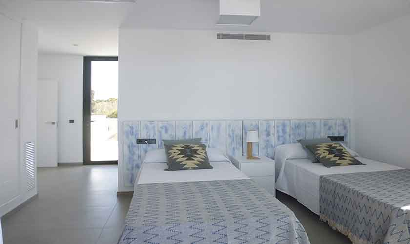 Schlafzimmer Ferienhaus Mallorca mit Pool PM 6615