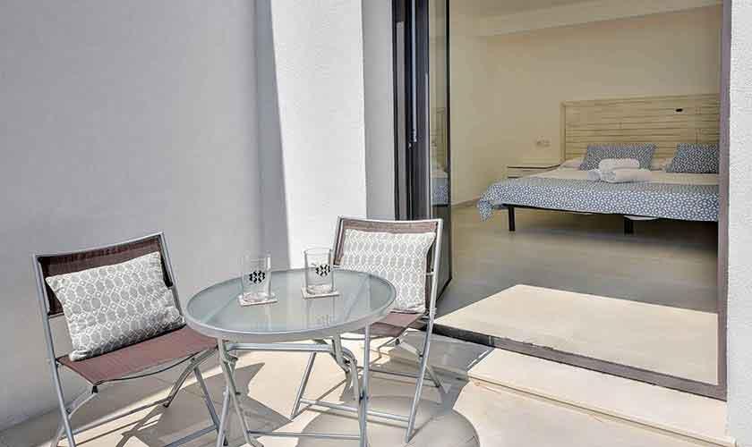 Terrasse Schlafzimmer Ferienvilla Mallorca PM 6617