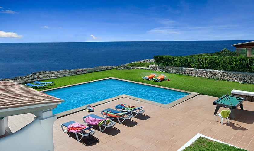 Pool und Liegen Villa Mallorca Meerblick PM 6618