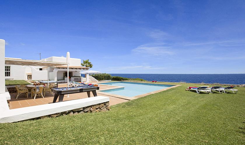 Rasen und Pool Mallorca Villa am Meer PM 6618