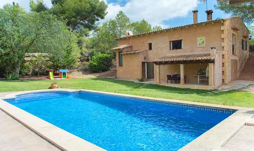 Poolblick und Finca Mallorca PM 6620
