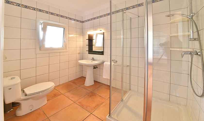Badezimmer Ferienhaus Mallorca 6 Personen PM 6623