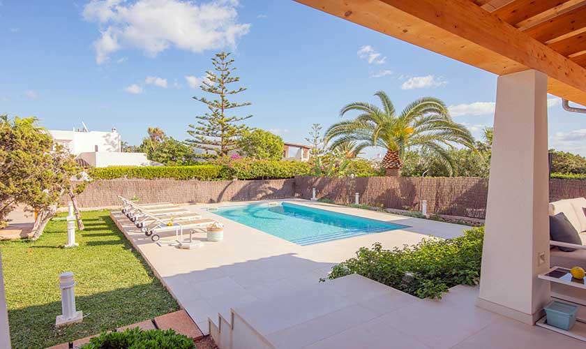 Terrasse und Pool Ferienvilla Mallorca PM 6624