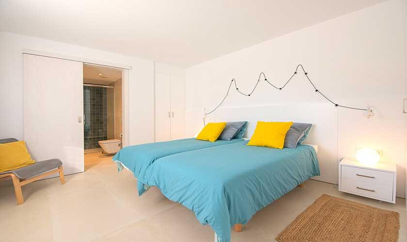 Schlafzimmer Ferienvilla Mallorca PM 6624