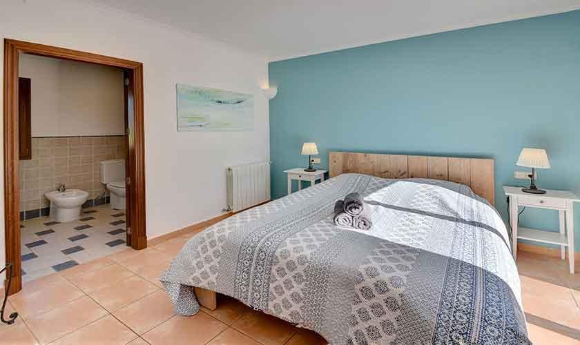 Schlafzimmer Finca Mallorca für 10 Personen PM 6624