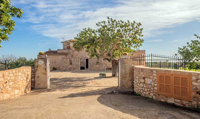 Eingangstor Finca Mallorca PM 662