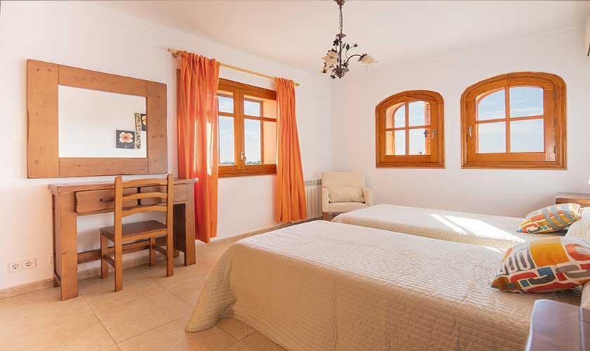 Schlafzimmer Finca Mallorca PM 6625