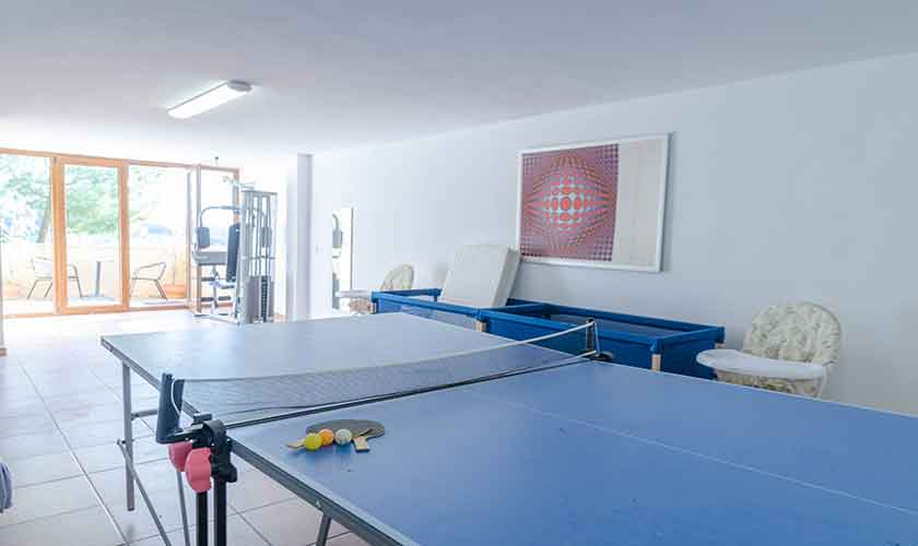 Tischtennis Ferienhaus Mallorca 16 Personen PM 6650