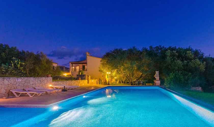 Pool und Ferienhaus Mallorca 16 Personen PM 6650