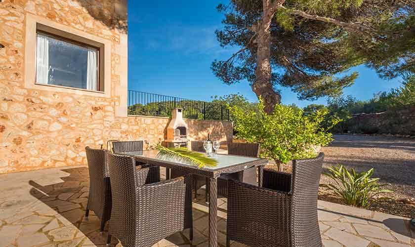 Terrasse Finca Mallorca bei Felanitx PM 678