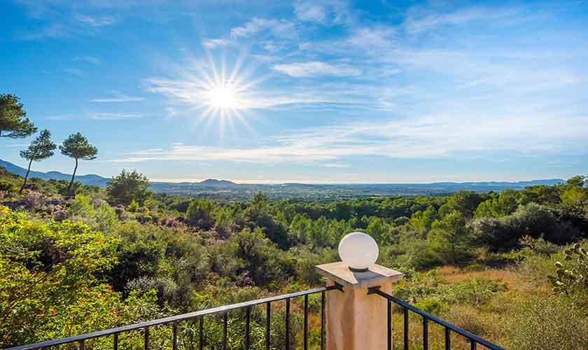 Terrasse oben Finca Mallorca bei Felanitx PM 678