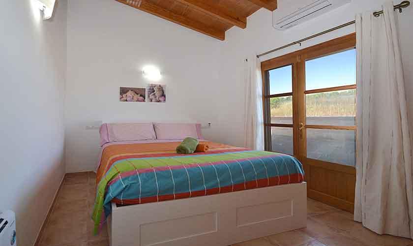 Schlafzimmer Finca Mallorca Campos PM 6920