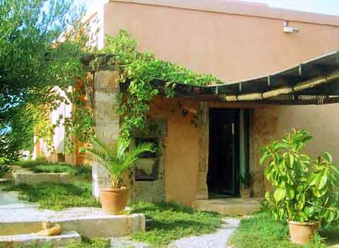 Blick auf das Gästehaus Casa Blanca für 2 - 3 Personen Mallorca  PM 6156