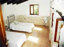 Schlafzimmer 2 Finca Mallorca mit Pool 8-10 Personen PM 302