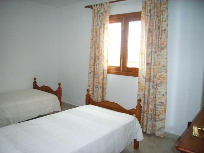 Schlafzimmer b Finca Mallorca mit Pool PM 410